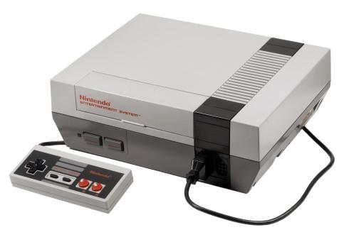 A versão ocidental e amada por nós, o NES.