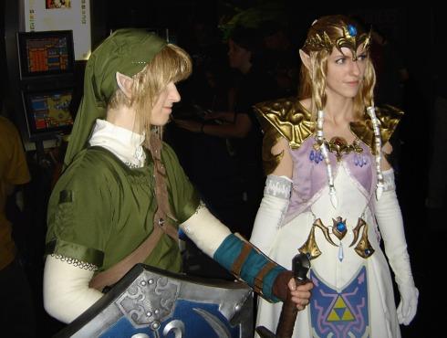 Quero ver a gatinha de cosplay de Zelda fazer c* doce agora